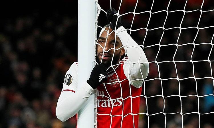 Arsenal lỗ nặng sau 17 năm - ảnh 1