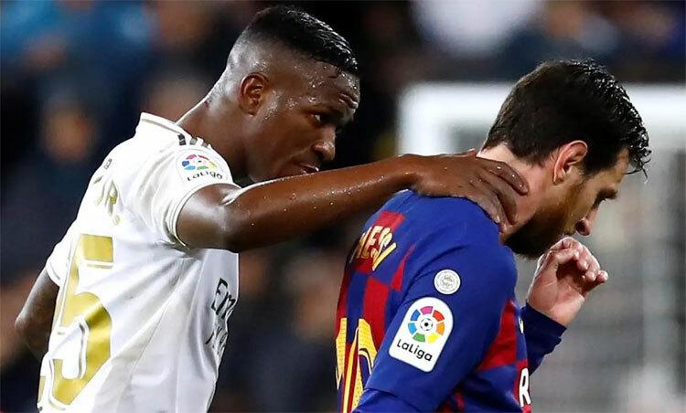 Real hạ Barca để giành lại vị trí dẫn đầu La Liga. Ảnh: Reuters.