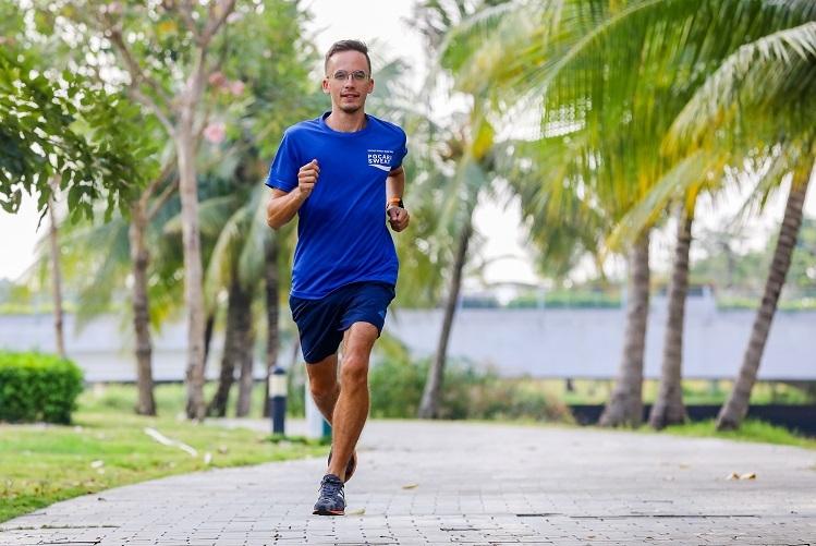 Alexandre Videau lập câu lạc bộ Saigon Zen Run nhằm thu hút những người đam mê chạy bộ, cả người Việt lẫn người nước ngoài, tham gia các hoạt động r2n luyện thể chất lẫn tinh thần thông qua chạy bộ và thiền.