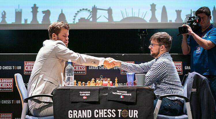 MVL đánh bại Carlsen ở bán kết Grand Chess Tour Final 2019. Ảnh: GCT.