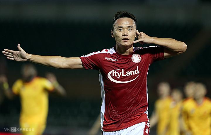 Xuân Nam ghi năm bàn sau ba trận liên tiếp vào sân từ ghế dự bị. Ảnh: Đức Đồng.
