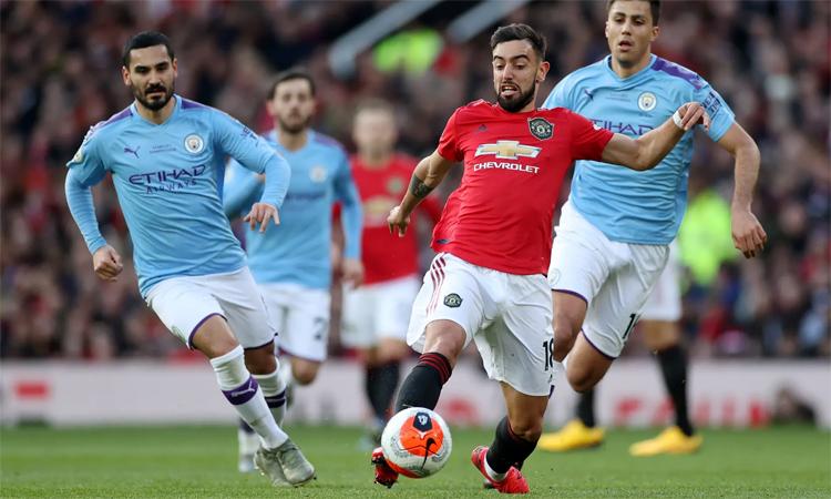 Fernandes mang lại sức sống và một tinh thần chiến đấu mạnh mẽ chưa từng thấy trong các tiền về đến Man Utd thời hậu Ferguson. Ảnh: Reuters.