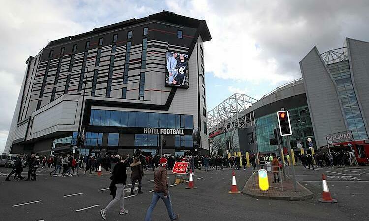 Khách sạn Bóng đá của Gary Neville nằm cạnh sân Old Trafford. Ảnh: PA.
