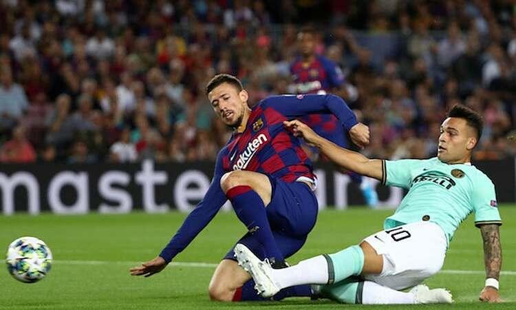 Inter đề nghị Barca ủng hộ đề xuất giảm lương cầu thủ khi Hiệp hội các CLB châu Âu họp hôm 23/3. Ảnh: Reuters.
