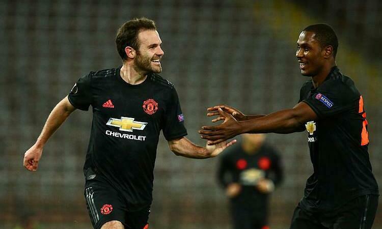 Mata vui vì có thể giúp các cầu thủ mới chuyển đến như Ighalo. Ảnh: Reuters.