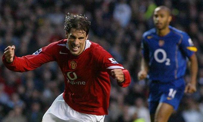 Van Nistelrooy và Henry là hai tiền đạo hàng đầu Ngoại hạng Anh giai đoạn 2001-2006. Ảnh: PA.