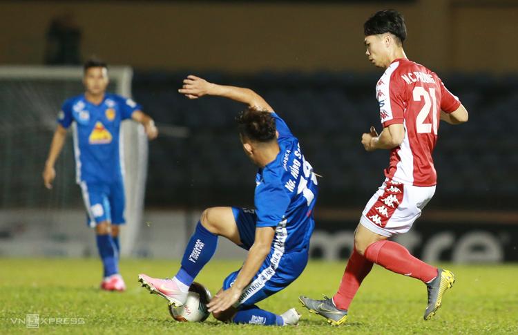 CLB Quảng Nam: Mạng người quan trọng hơn V-League - ảnh 1