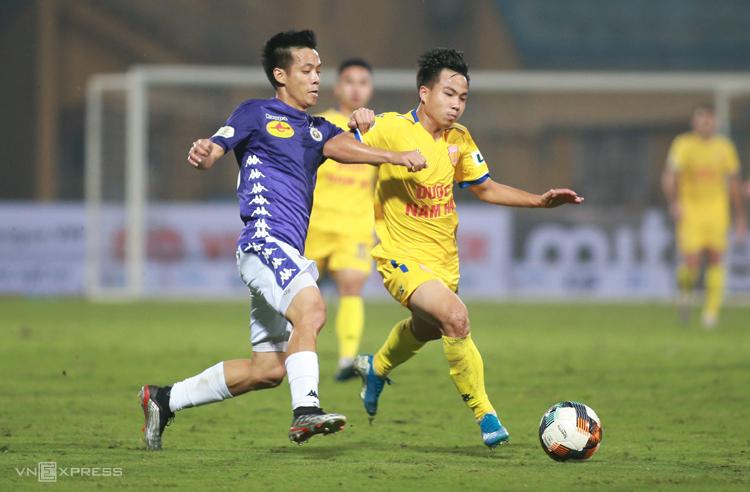 VPF phủ nhận ép các CLB đá V-League - ảnh 2