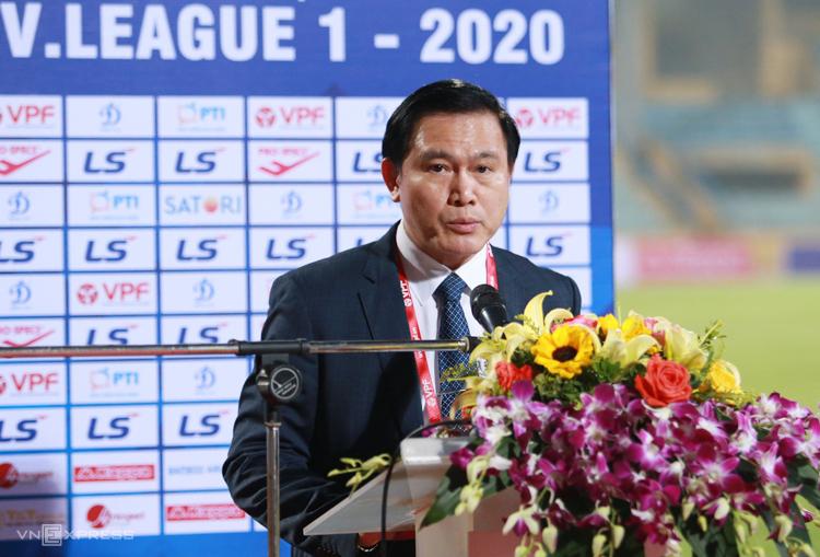 VPF phủ nhận ép các CLB đá V-League - ảnh 1