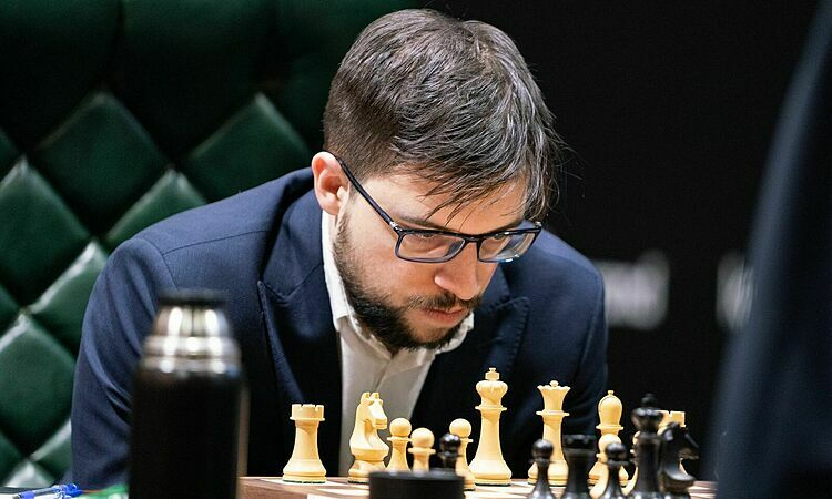 Vachier-Lagrave thắng Nepomiachtchi - ảnh 1
