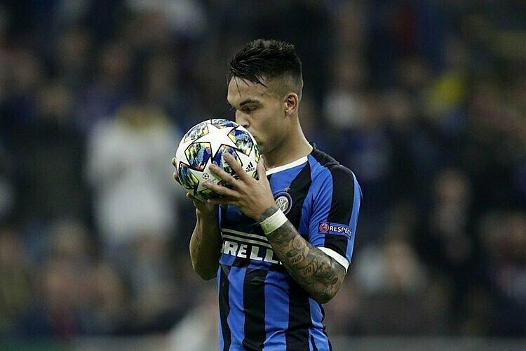 Inter có thể bán trụ cột cho Barca - ảnh 1