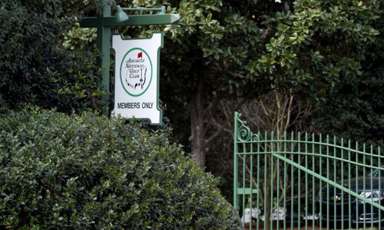 Sân Augusta National đang đóng cửa vì dịch bệnh. Ảnh: Reuters.