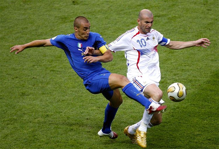 Cannavaro là thủ quân tuyển Italy vô địch World Cup 2006, khi họ không được đánh giá cao vì scandal dàn xếp tỷ số làm rúng động thế giới nổ ra ngay trước thềm giải đấu.