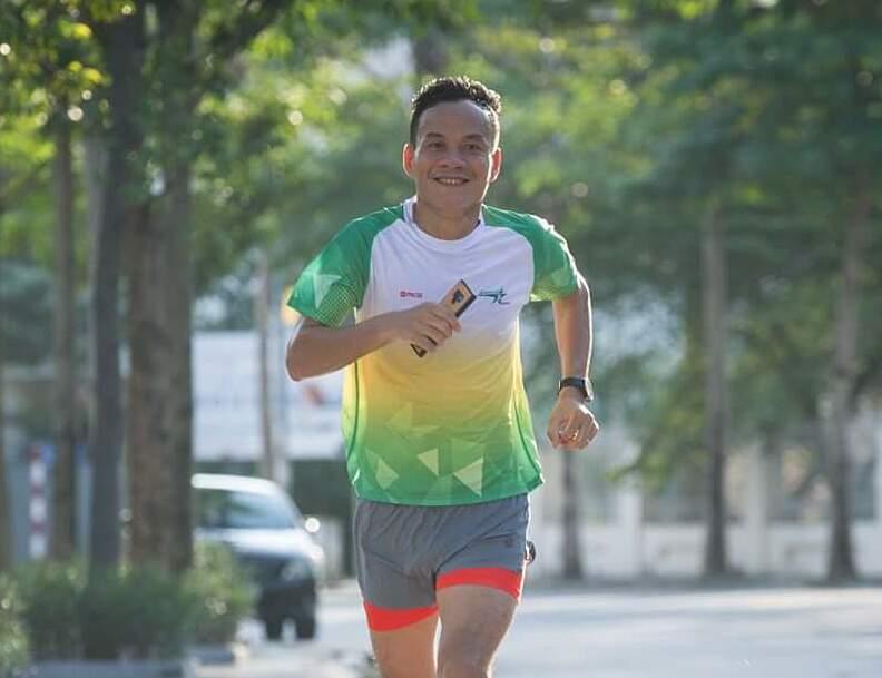 Anh Lê Đình Tới trong một buổi luyện tập chạy bộ.