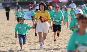 Nữ Youtuber khuấy động đường chạy nhí VM Quy Nhơn