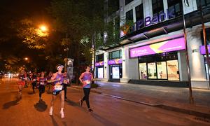 Runner chia sẻ kỉ niệm tại VnExpress Marathon Hanoi Midnight